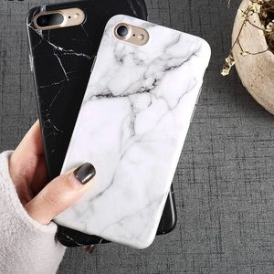 Accessories - ✨✨ iPhone X White Marble Chic Case